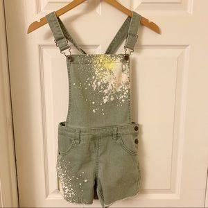 Cat & Jack | Overall Shorts Paint Splattered | L